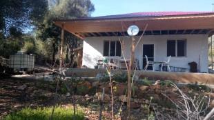 Feke Bahçeler Mevkiinde 3,5 Dönüm Alanda Satılık Müstakil Ev