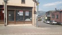 kadirli caddesinde satılık işyeri