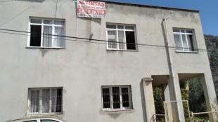şevkiye mahallesinde satılık müstakil 2 katlı ev